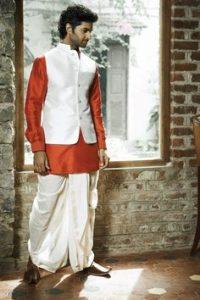Traditional Dresses Of Maharashtra Cultural Clothes Of